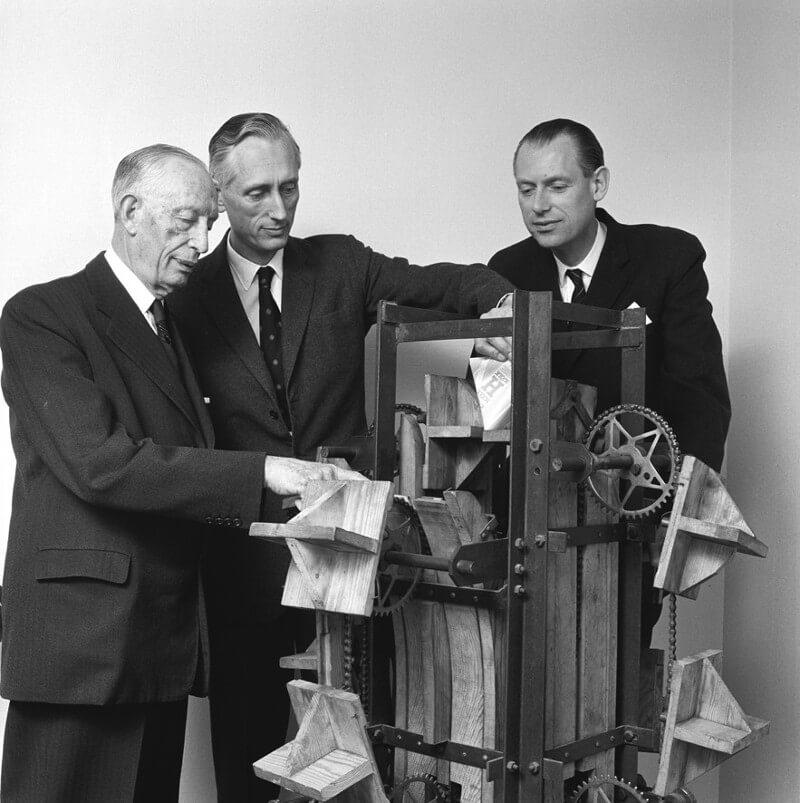 Erstes Tetra Pak Modell von 1946