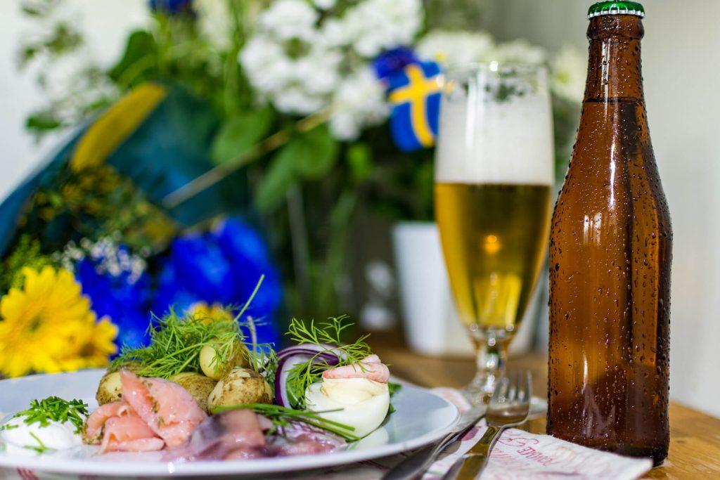 Hering, Jungkartoffeln und Bier