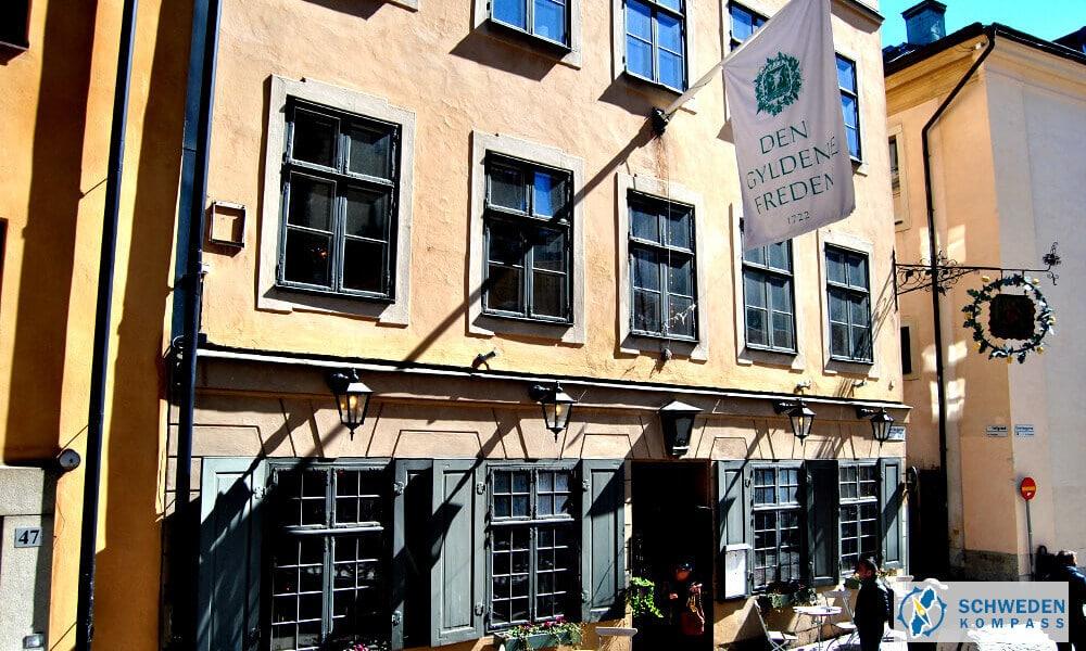 """Eingang zum Restaurant """"Den Gyldene Freden"""""""